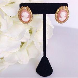 Peach & Cream Pearl Cameo Gold Tone Earrings